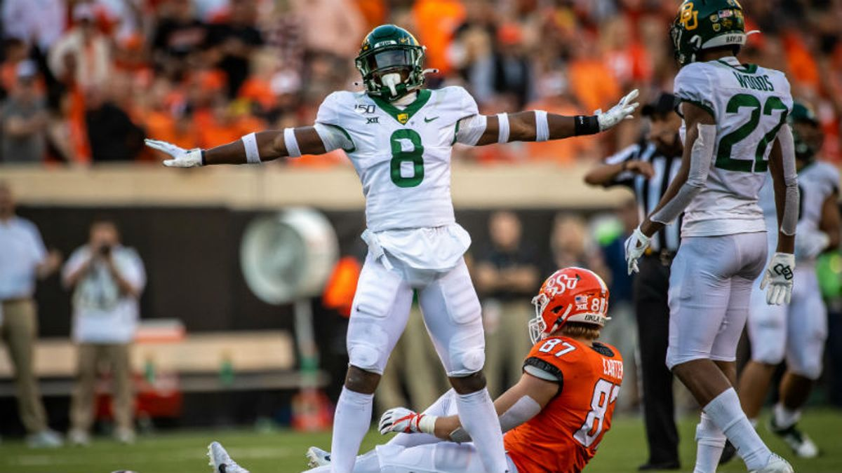 4 Trends That Show College Football Bettors Don't Trust Road Teams Enough article feature image