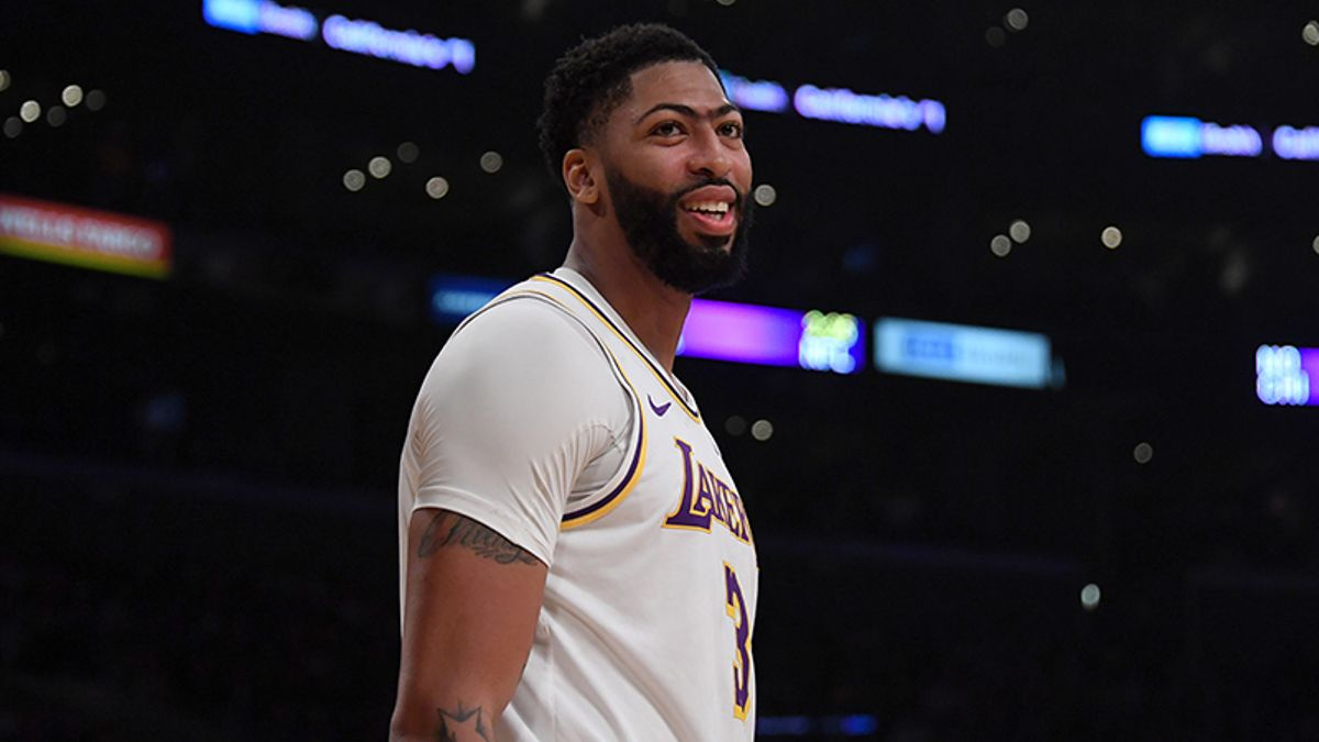 NBA Opening Night Odds & Betting Angles: Anthony Davis Should Crush vs. Zubac and Undersized Clippers article feature image