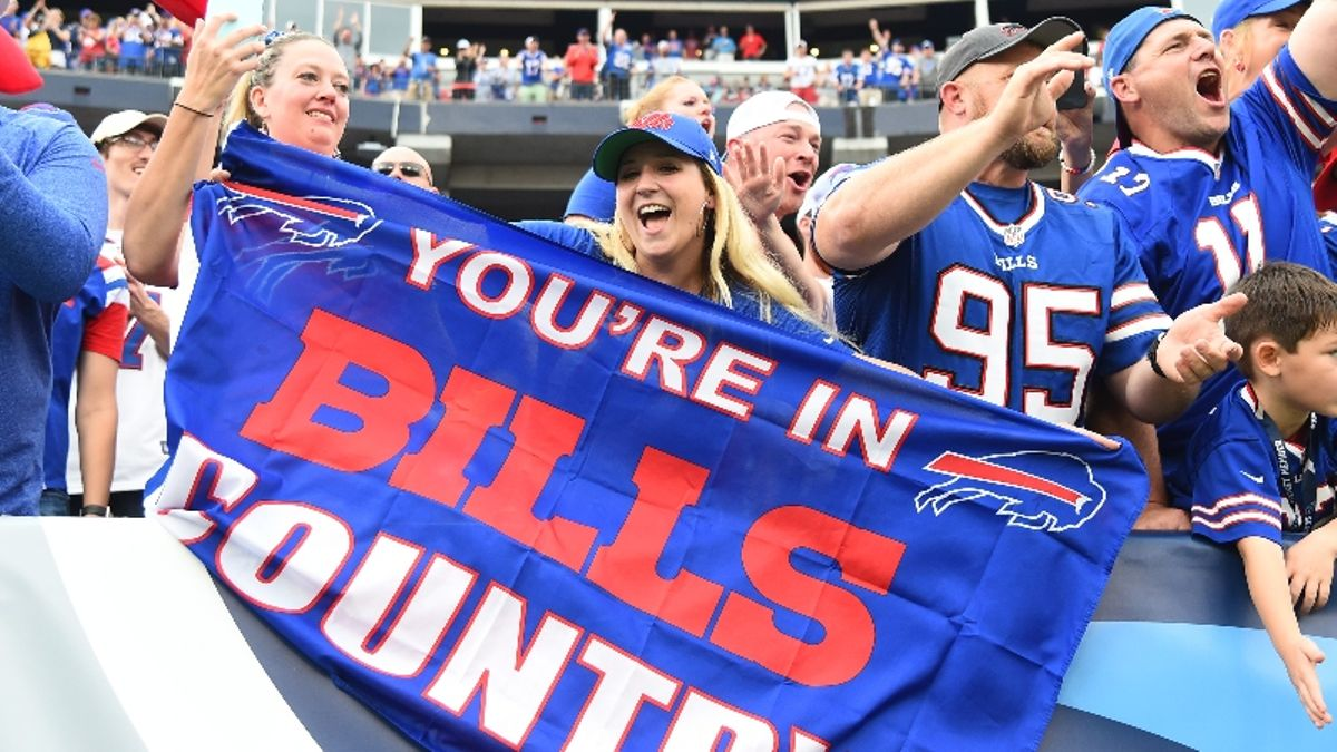 Dolphins vs. Bills Odds: Point Spread Among Largest in Buffalo's Team History article feature image