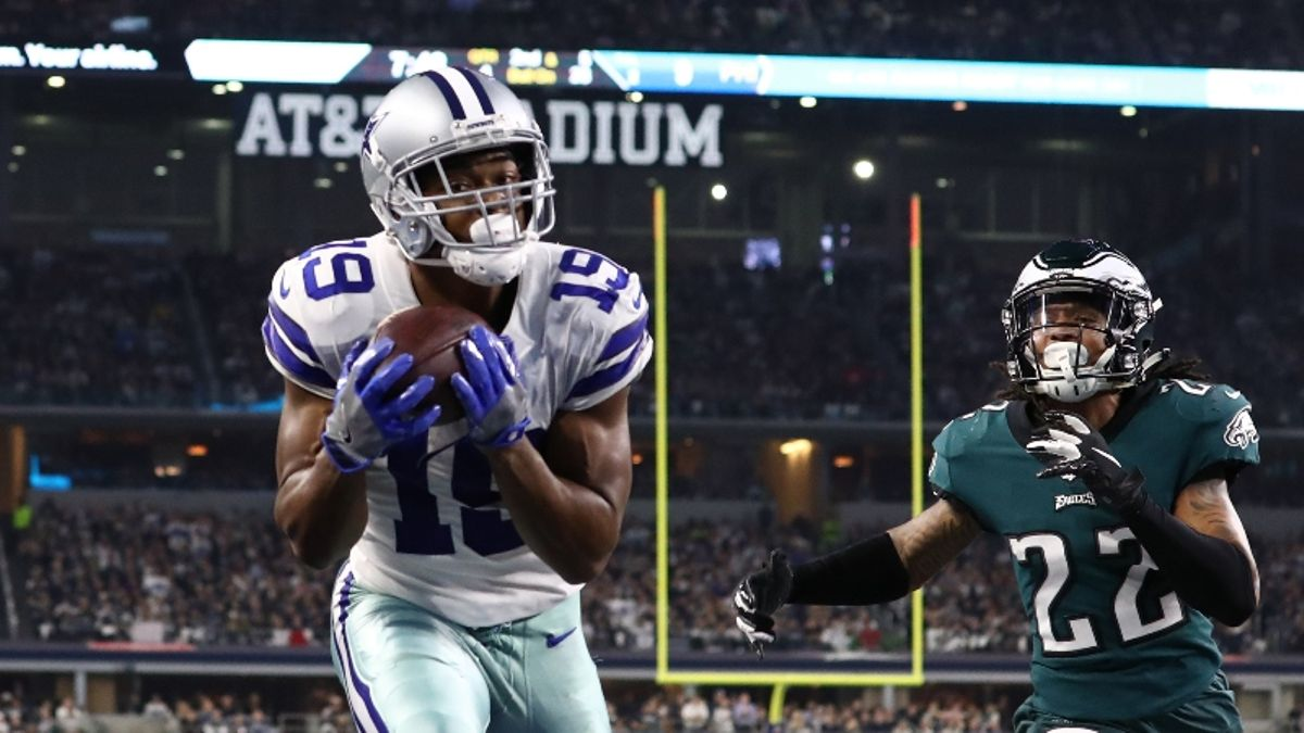 Eagles vs. Cowboys Odds, Picks & Sunday Night Football Betting Cheat Sheet article feature image