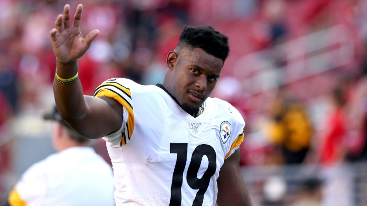 Fantasy Football Injuries: JuJu Smith-Schuster & T.Y. Hilton Rankings, Backup Plans, More article feature image