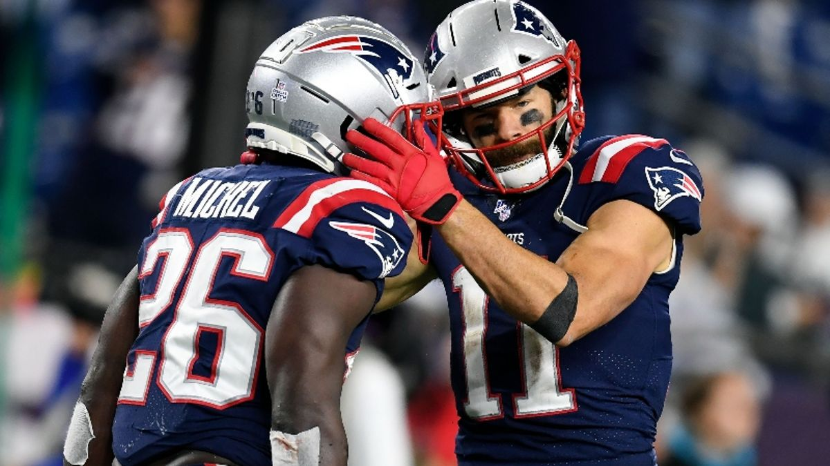 Patriots vs. Ravens Betting Odds, Picks & Sunday Night Football Predictions article feature image
