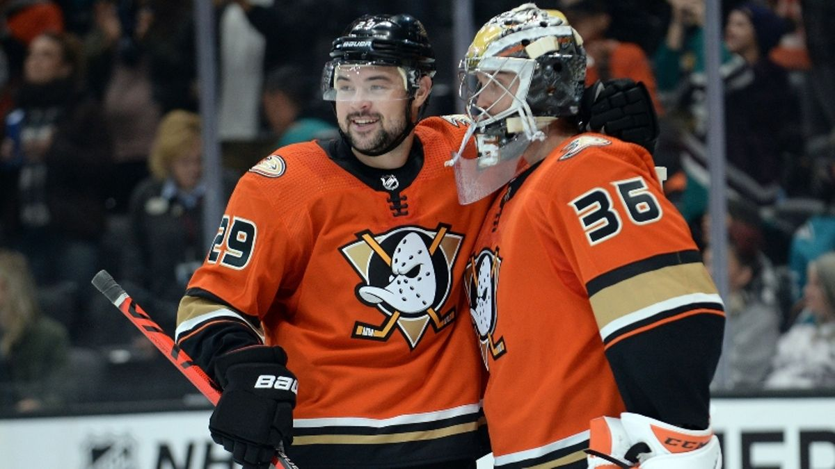 Ducks vs. Bruins Betting Odds, Picks: Is Anaheim's Early Success a Mirage? article feature image