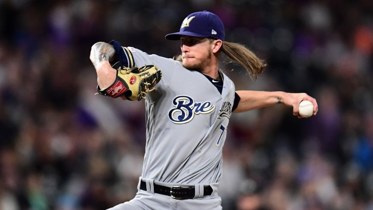 NL Wild Card Game Betting Picks: Our Staff's Favorite Bets for Brewers-Nationals article feature image