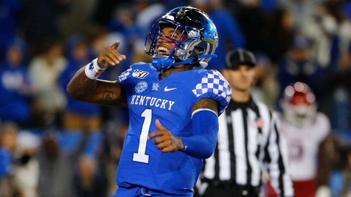 Windy Weather Affecting Saturday's CFB Betting Lines, Including Missouri vs. Kentucky article feature image