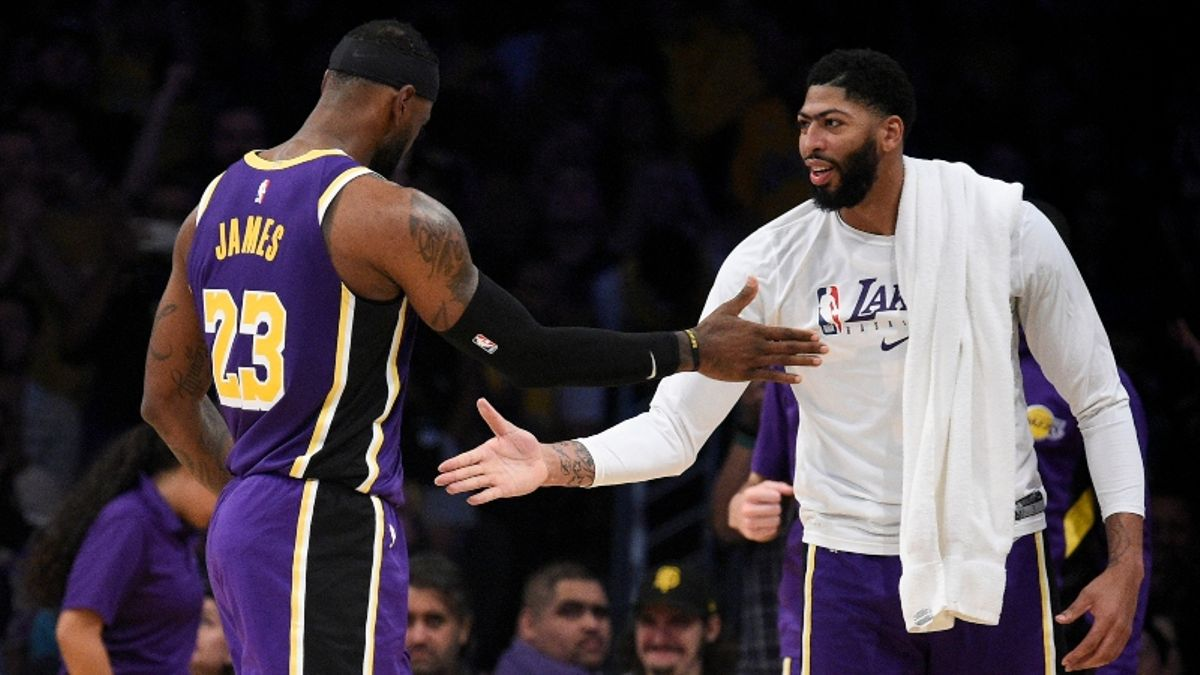Sharps Quietly Betting Tonight's Hornets vs. Lakers Matchup article feature image