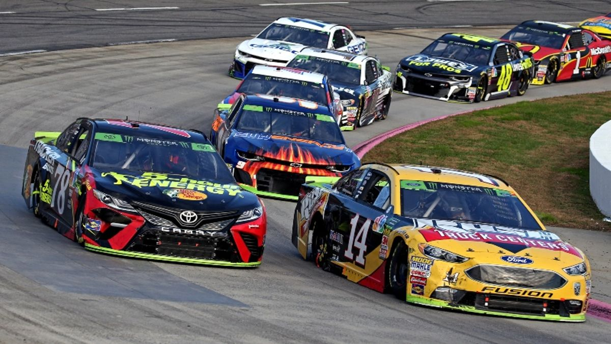 NASCAR Martinsville Odds & Picks: The Top-5 Bet to Make for Today's First Data 500 article feature image