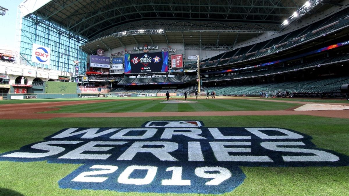 Stuckey: Does Home-Field Advantage Matter More in the World Series? article feature image