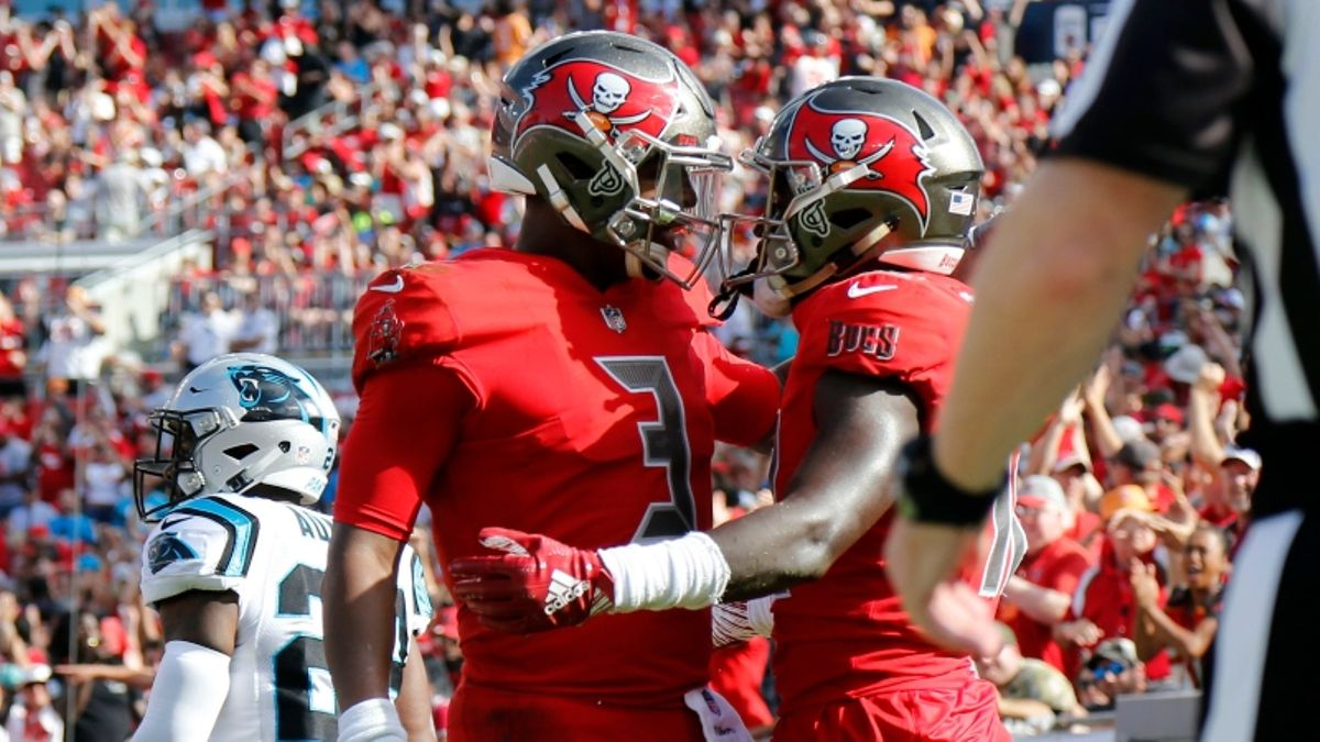 Panthers vs. Buccaneers Picks: How Our Experts Are Betting the Spread in London article feature image