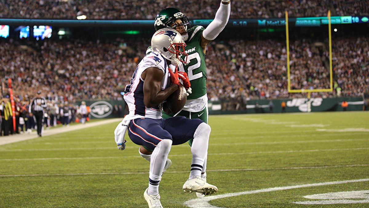 Rovell's Week 7 NFL Betting Blog: Patriots' MNF Rout Helps Three Bettors Turn $5 into $40K article feature image