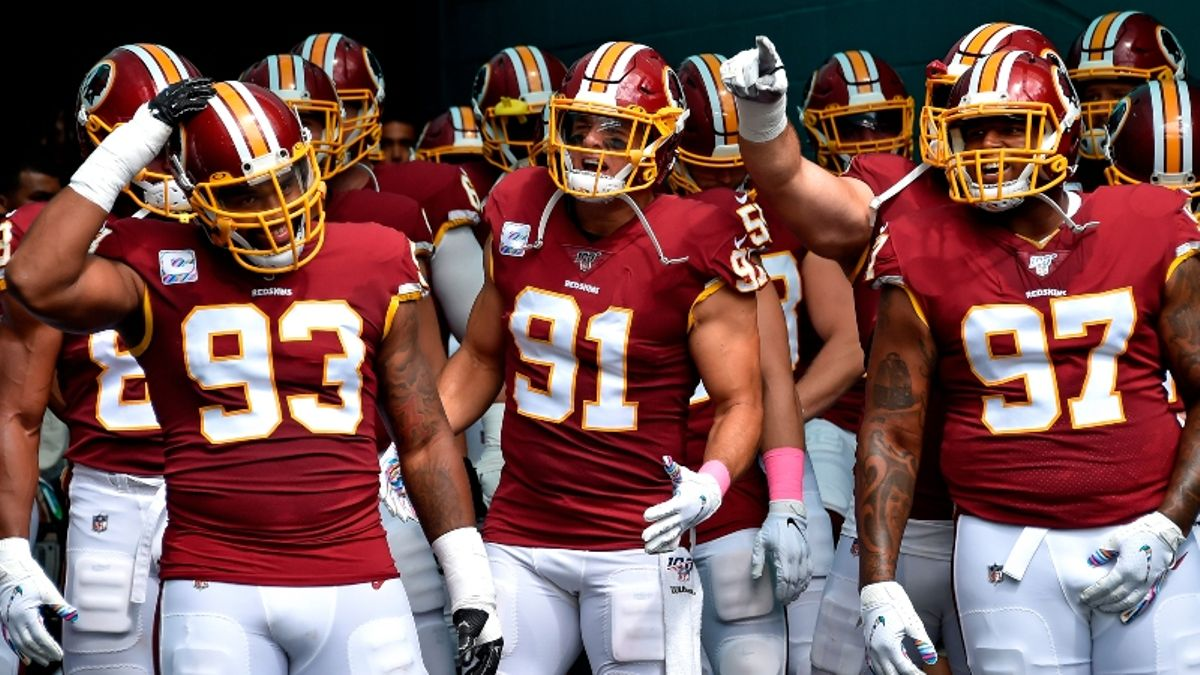How Pros Are Betting Redskins vs. Vikings on Thursday Night Football article feature image