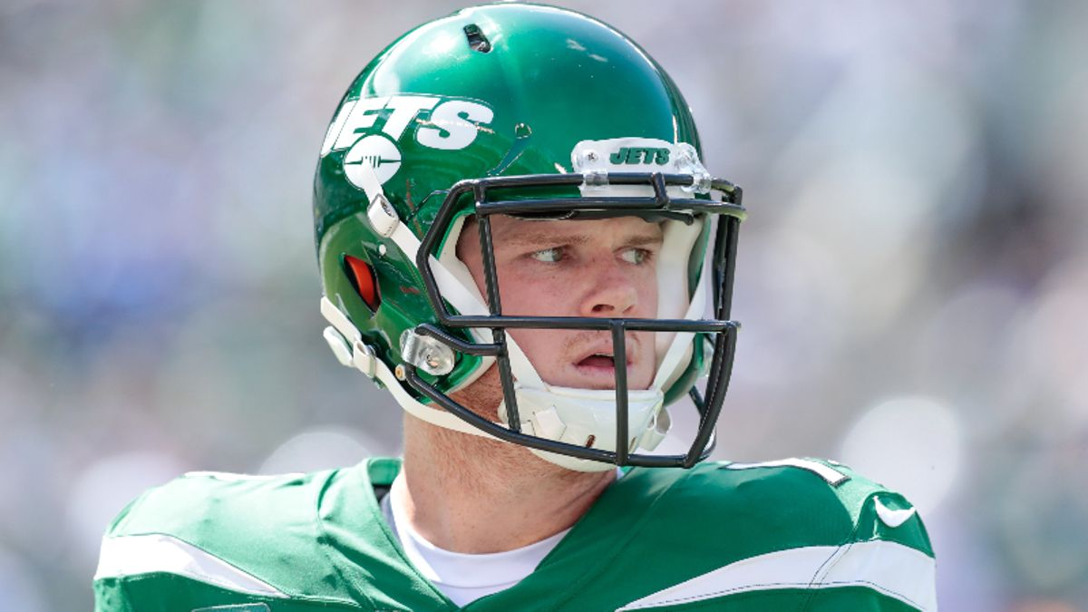 Cowboys vs. Jets Odds & Picks: NY Have A Chance with Sam Darnold? article feature image