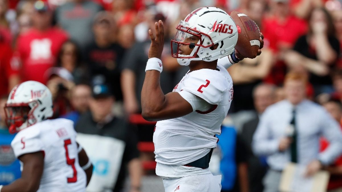 Thursday College Football Betting Odds & Picks: Georgia Southern vs. South Alabama, Temple vs. East Carolina article feature image