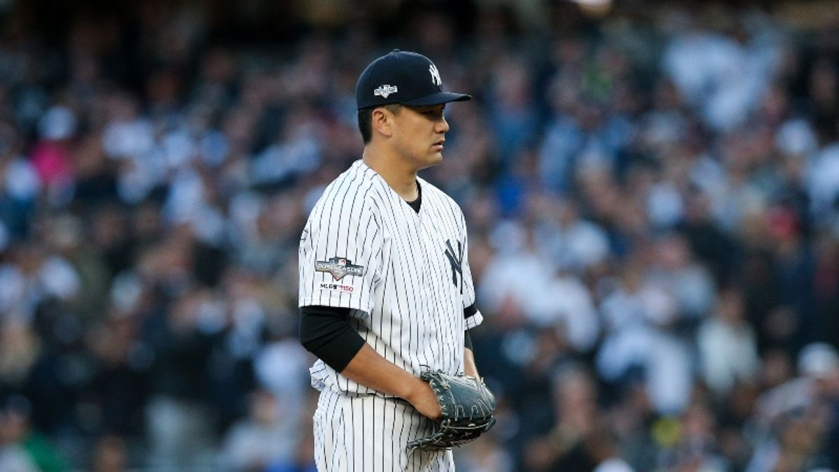Astros vs. Yankees Game 1 Betting Picks, Odds & Predictions: Will Greinke Rebound From Poor Start? article feature image