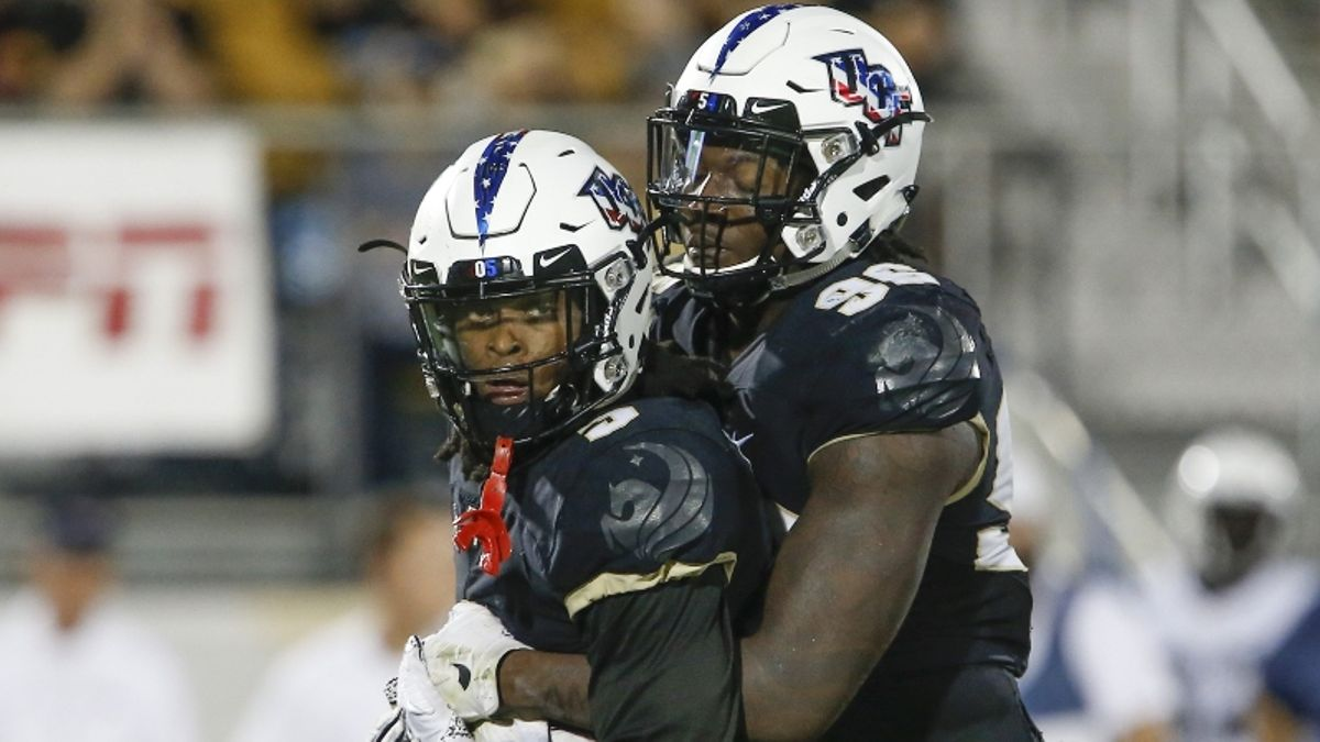 UCF vs. Cincinnati Betting Picks, Odds & Predictions: Will Knights Cover on the Road? article feature image