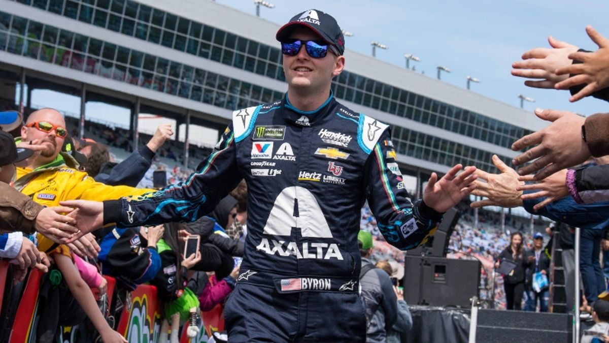 NASCAR at Texas Odds, Pick: An Early Matchup Bet for Sunday's AAA Texas 500 article feature image