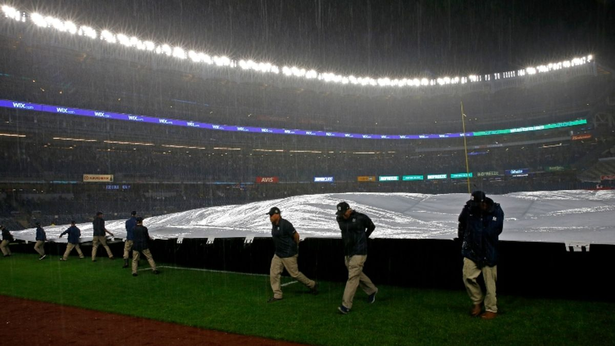 Astros vs. Yankees Game 4 Postponed Due to Inclement Weather Forecast article feature image