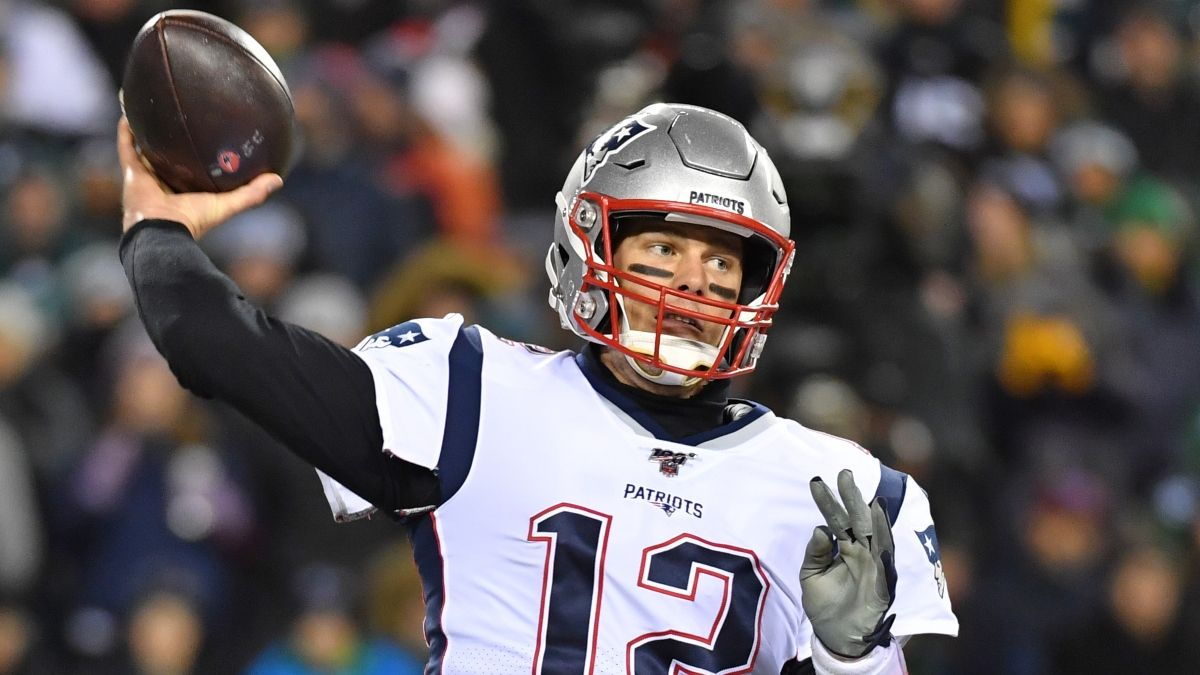 Fantasy Football Injuries: Tom Brady & Alshon Jeffery Rankings, Backup Plans, More article feature image