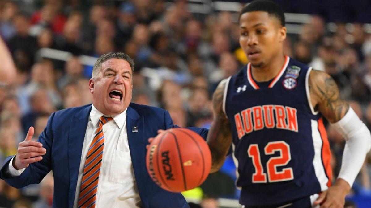 Monday College Basketball Betting Picks: Georgia Tech vs. Arkansas, Auburn vs. New Mexico article feature image