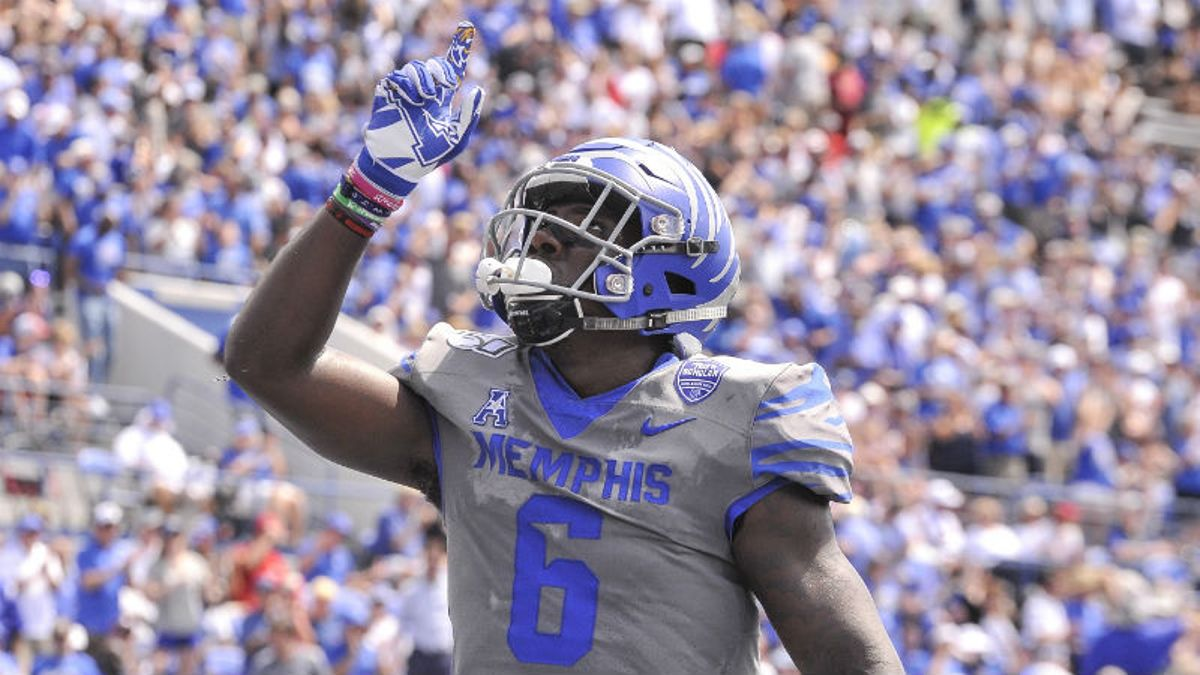 Our Staff's 5 Favorite College Football Bets for Saturday article feature image