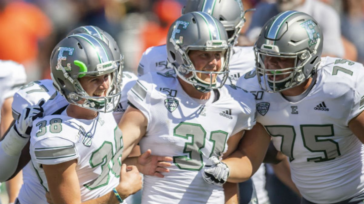 Tuesday College Football MACtion Odds, Lines: Picks, Betting Predictions for EMU-NIU, Ohio-Bowling Green (November 19, 2019) article feature image