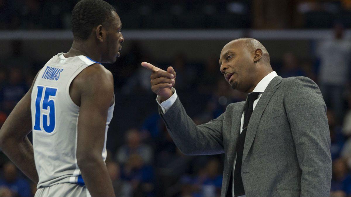 Saturday College Basketball Betting Picks: Virginia vs. UMass; Memphis vs. Ole Miss article feature image