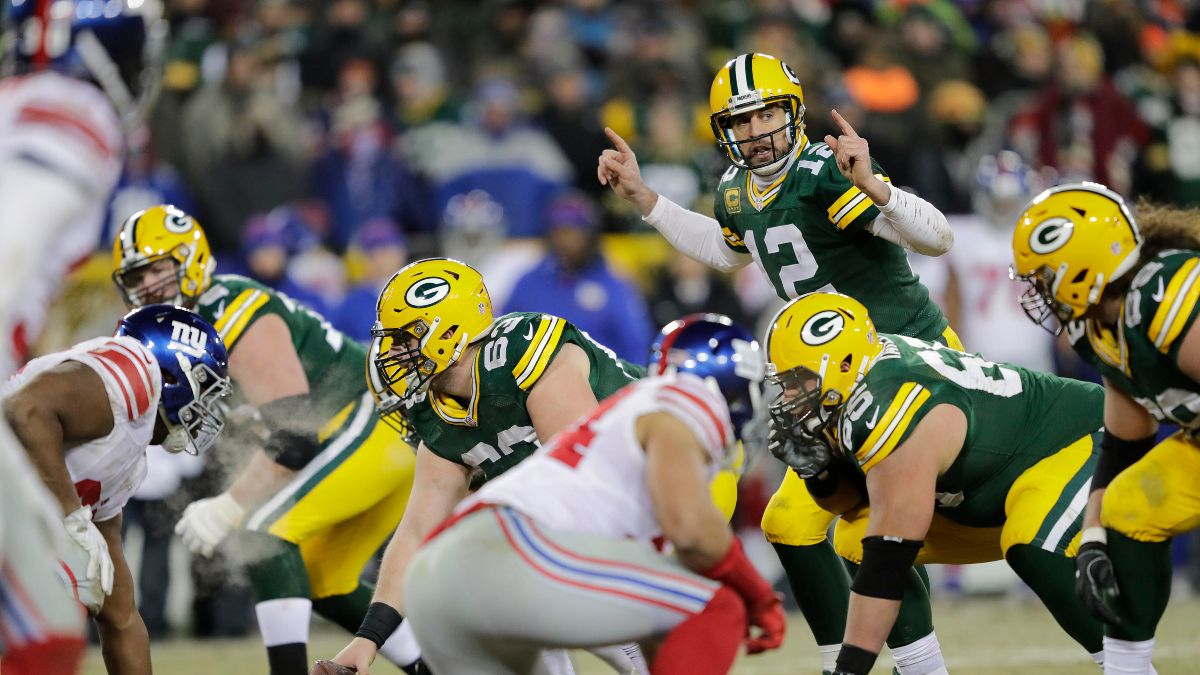 Packers vs. Giants Betting Picks, Predictions & Odds: Is Aaron Rodgers a Lock on the Road? article feature image