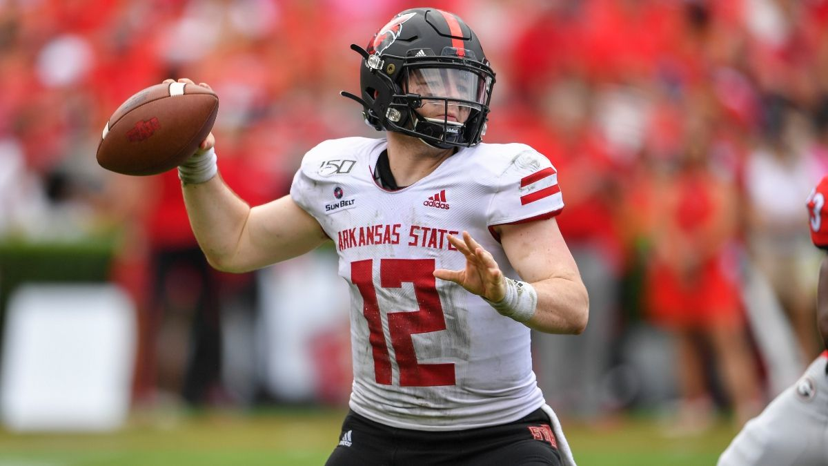 College Football Sharp Betting Picks (Nov. 29): Pros Hit 3 Friday Games, Including Arkansas State vs. South Alabama article feature image