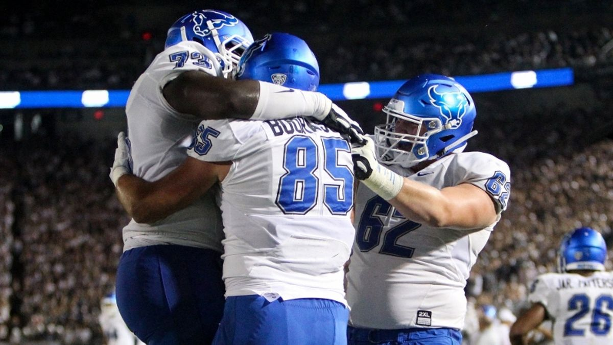 Buffalo vs. Kent State Betting Picks & Odds: Should You Back the Bulls? article feature image