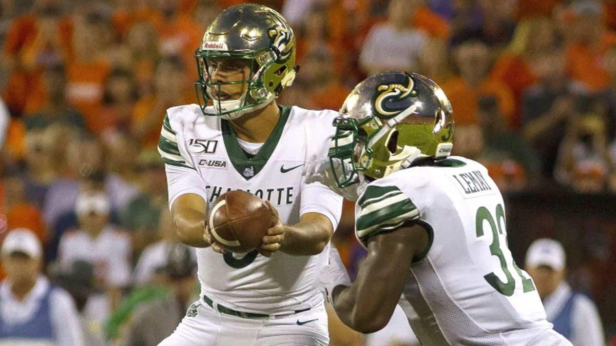 Stuckey & Wilson: 2 College Football Moneyline Underdogs to Bet in Week 10 article feature image