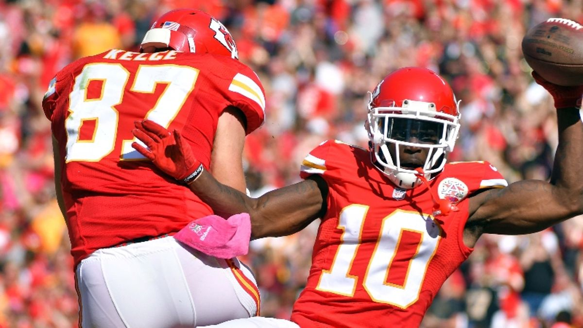 Koerner's MNF Miracle Odds: Will You Win Your Week 11 Fantasy Football Matchup? article feature image