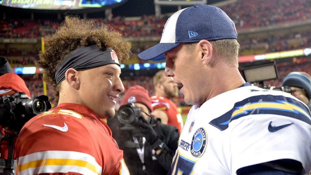 Our Experts' Chiefs vs. Chargers Betting Picks for Monday Night Football in Mexico City article feature image