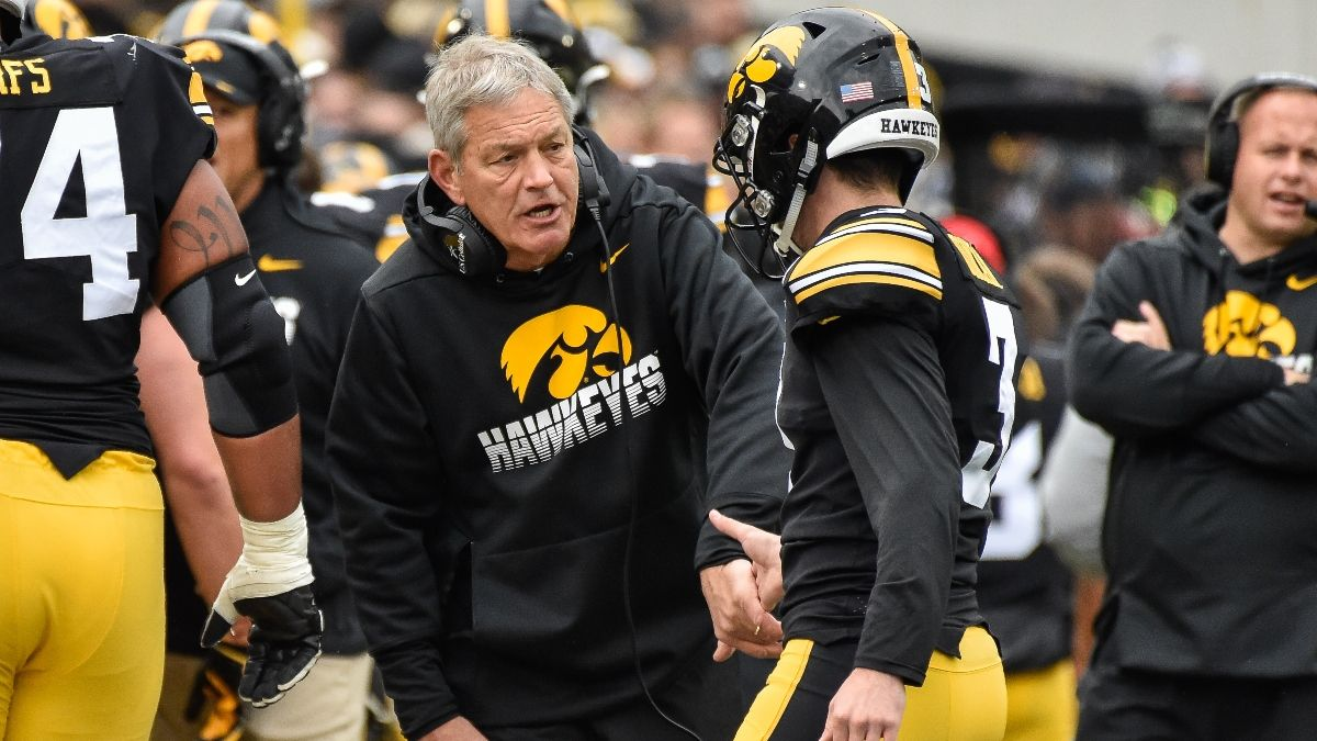 Illinois vs. Iowa Odds & Sharp Betting Pick: Late Pro Money Hitting Over/Under article feature image