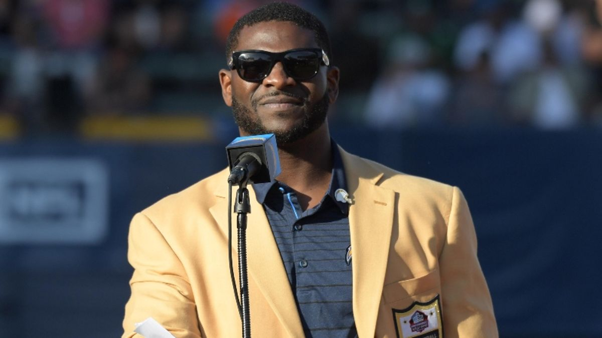 """""""I Still Have People Thanking Me"""": LaDainian Tomlinson on Fantasy Football article feature image"""
