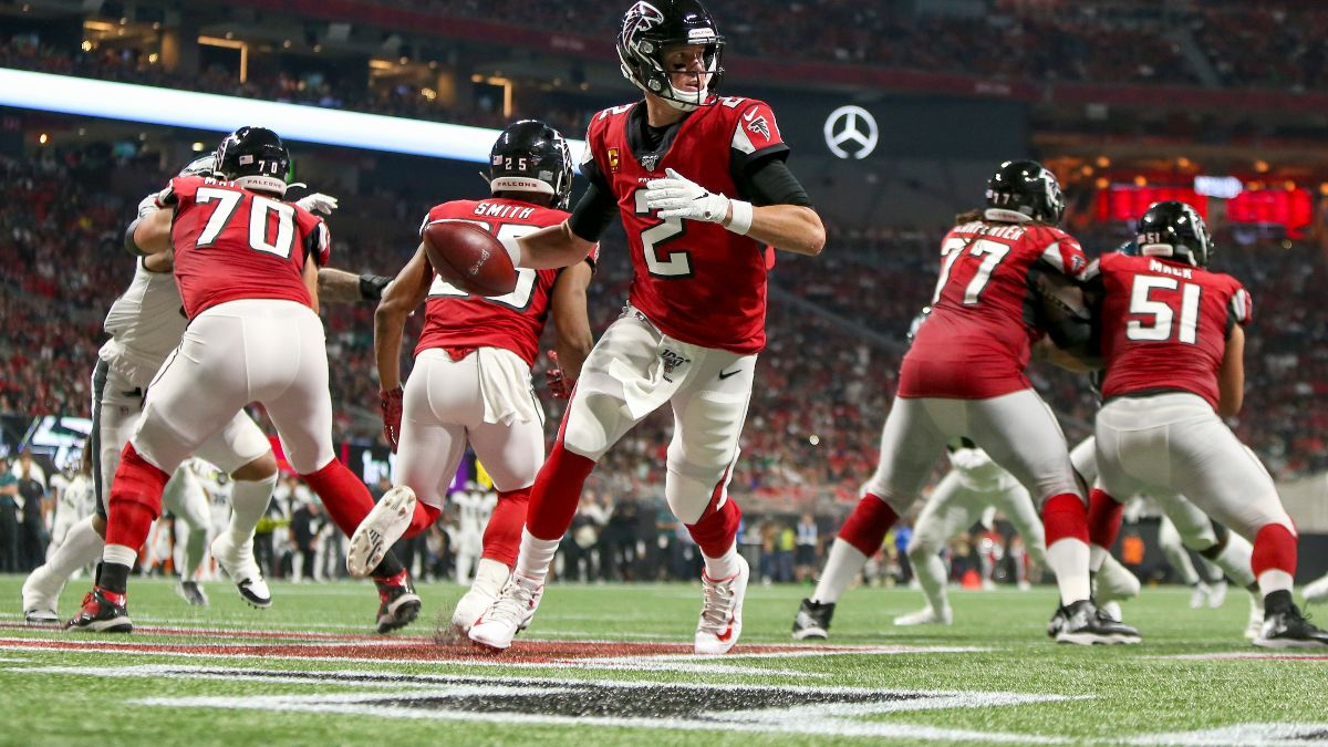 Buccaneers vs. Falcons Picks, Predictions & Betting Odds: How to Play the Highest Over/Under of Week 12 article feature image