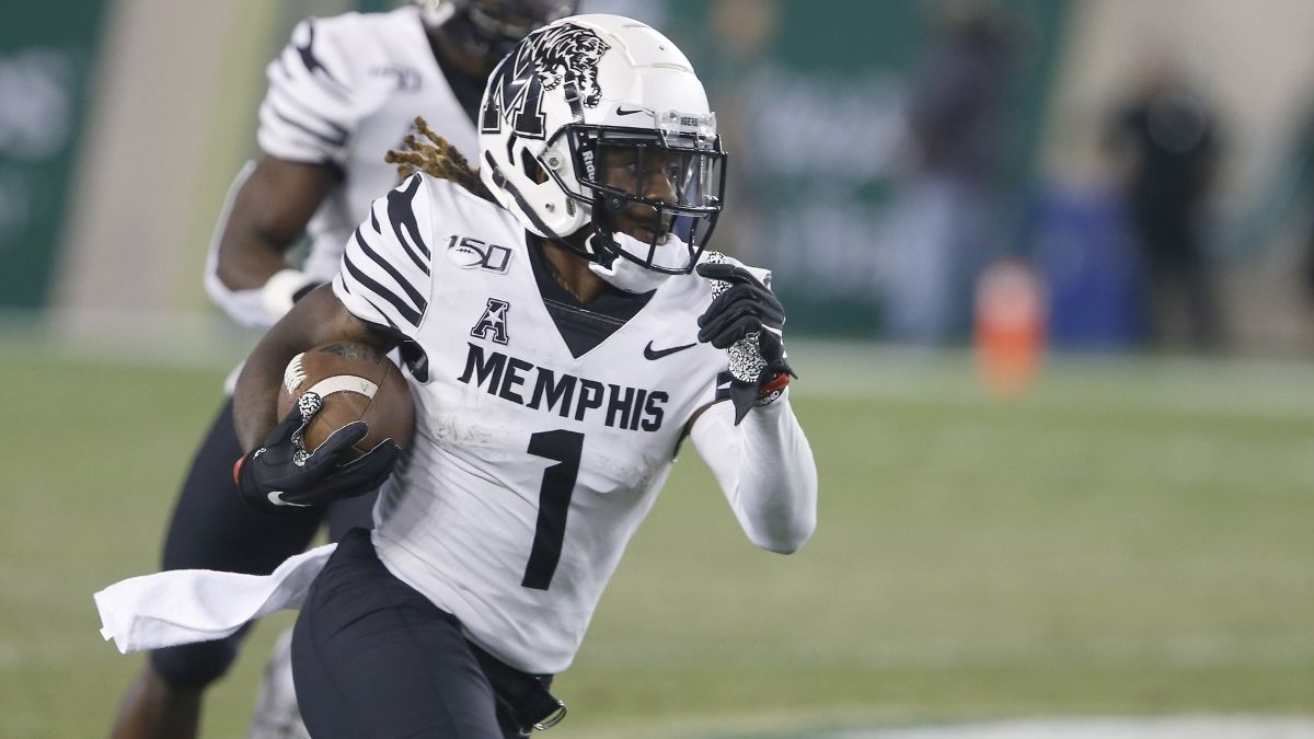 Cincinnati vs. Memphis Betting Odds, Picks & Predictions: Regression Looms for Bearcats article feature image