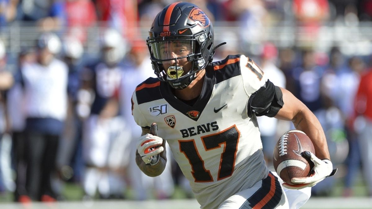Washington vs. Oregon State Odds & Picks: Will the Huskies Be Motivated for Pac-12 After Dark? article feature image