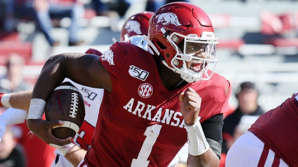 Arkansas vs. LSU Betting Odds, Picks, Predictions: Can Razorbacks Cover Historic Line? article feature image