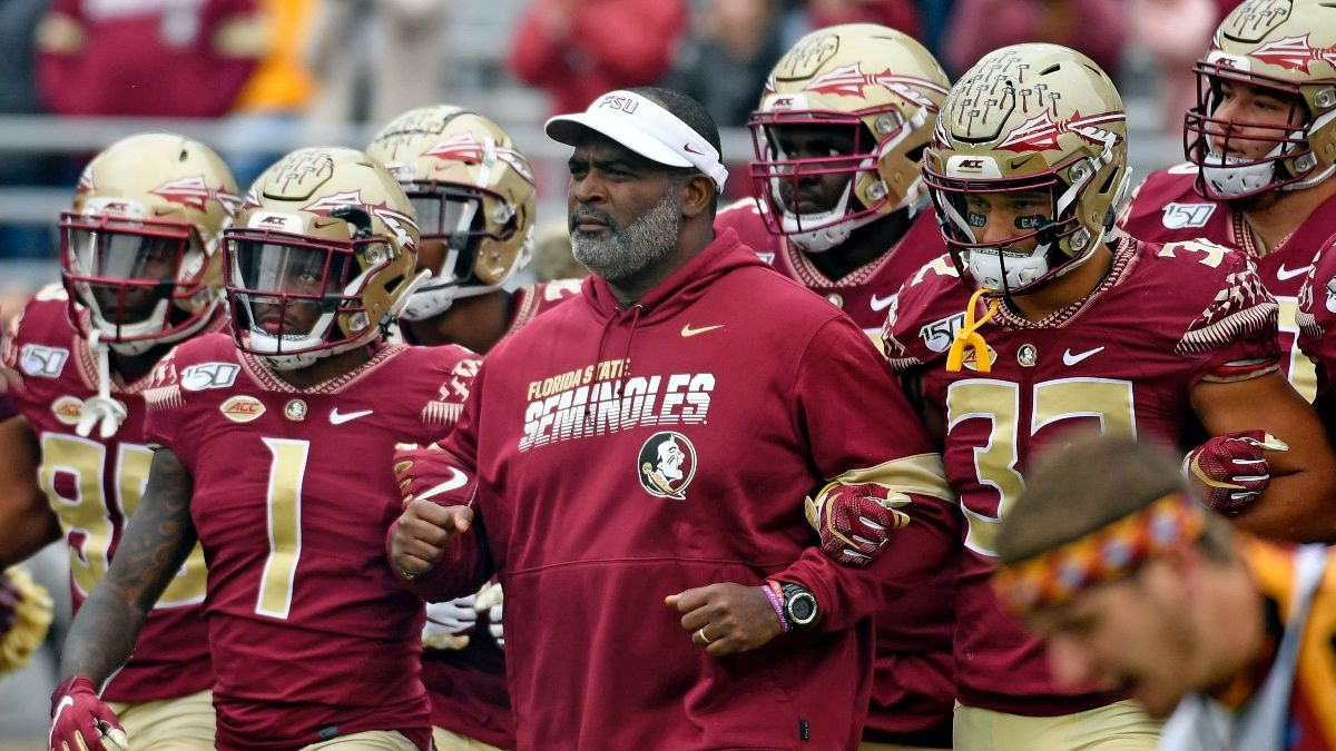 How Do Interim Coaches Affect College Football Bowl Game Performance? article feature image