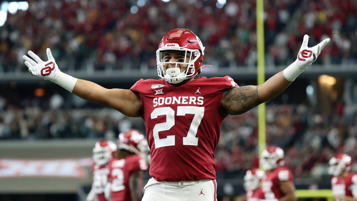 College Football Betting Tips: 3 Profitable Strategies for 2019 Bowl Season article feature image