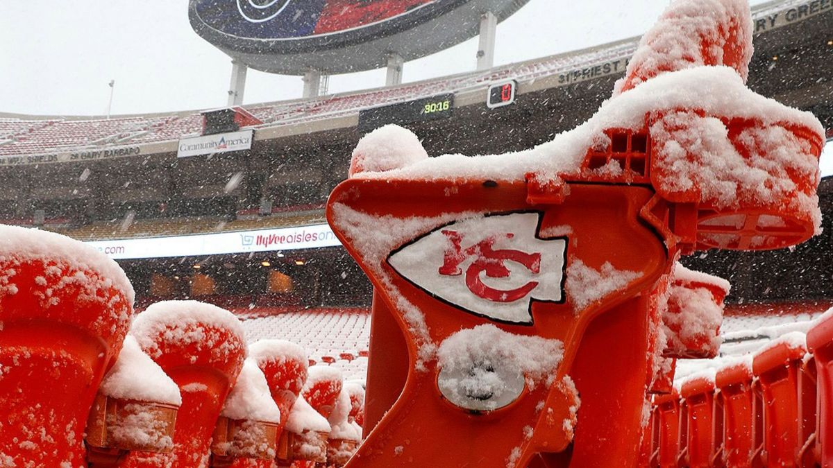 Updated Broncos vs. Chiefs Weather Forecast: Snow Will Fall at Arrowhead Stadium in Kansas City article feature image
