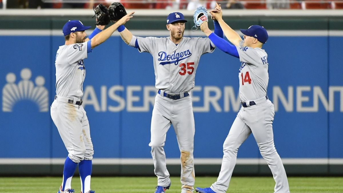 Updated 2020 MLB World Series Odds: Yankees & Dodgers Early Favorites article feature image