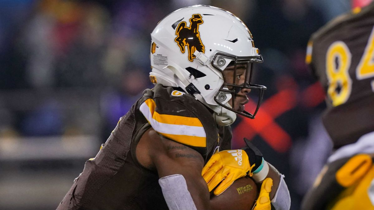 Georgia State vs. Wyoming Odds, Picks, Betting Predictions: Spread, Line for 2019 Arizona Bowl article feature image