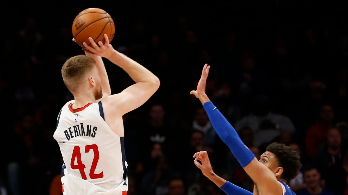 Sunday's Best NBA Player Prop Bets: Can Davis Bertans Continue to Produce? article feature image