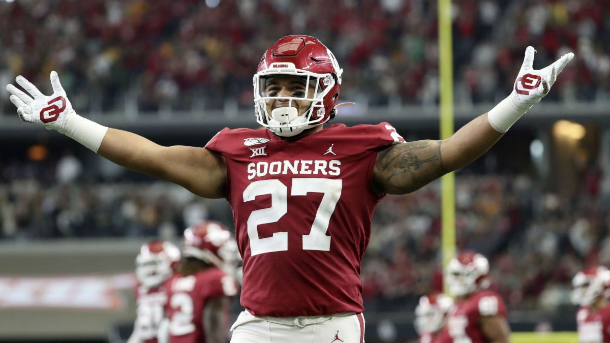 2019 College Football Bowl Game Odds: Our Projected Spreads & Over/Unders for All 39 Games article feature image