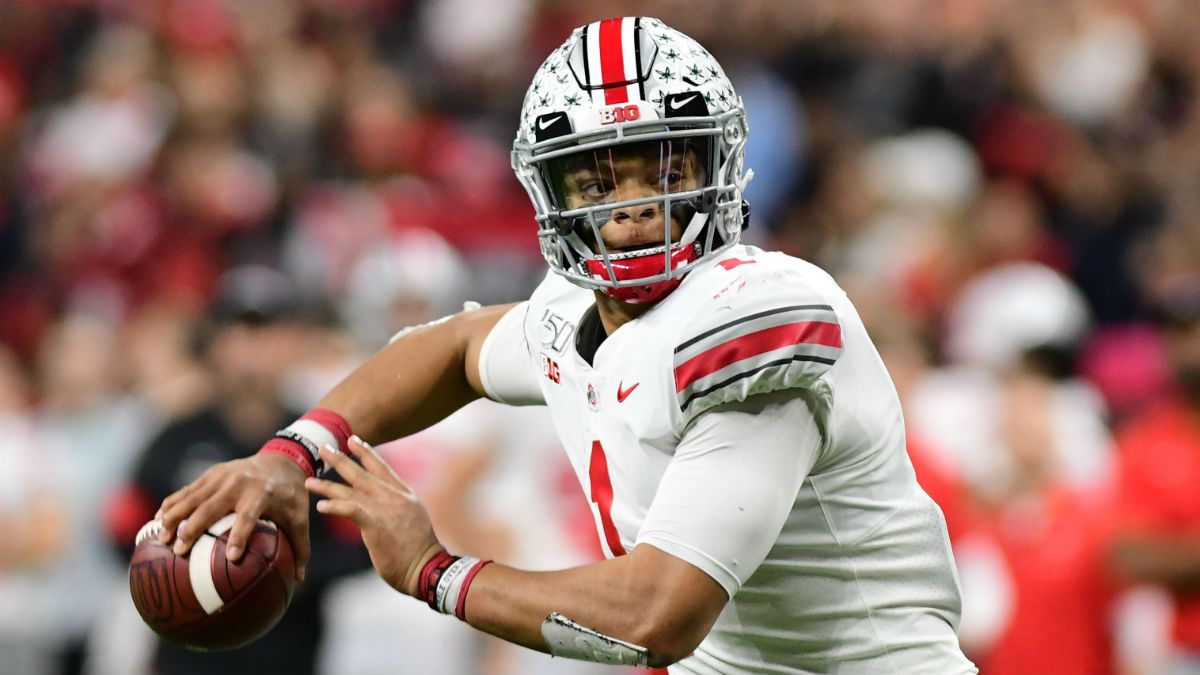 2019 College Football Bowl Projections, College Football Playoff Rankings article feature image