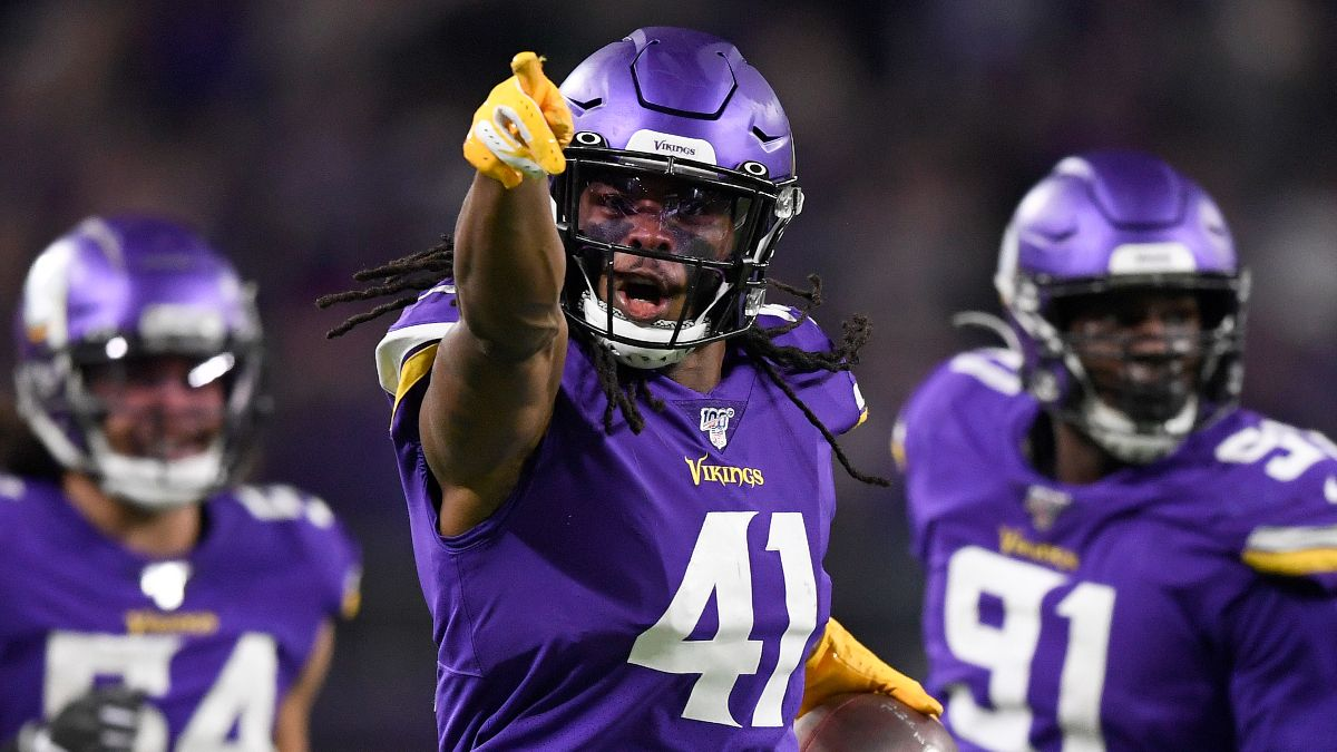 Wild Card Round Picks & Predictions: The Bets Our Experts Locked in Early, Including Vikings-Saints article feature image
