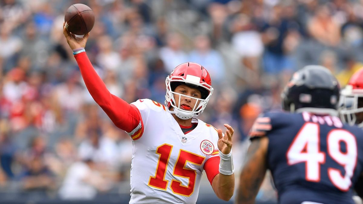 Chiefs vs. Bears Betting Odds & Pick: How to Factor In Kansas City's Motivation on SNF article feature image