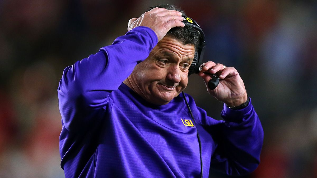 Rovell: SuperBook Takes $55,000 Bet on LSU vs. Clemson National Title Game Right Away article feature image