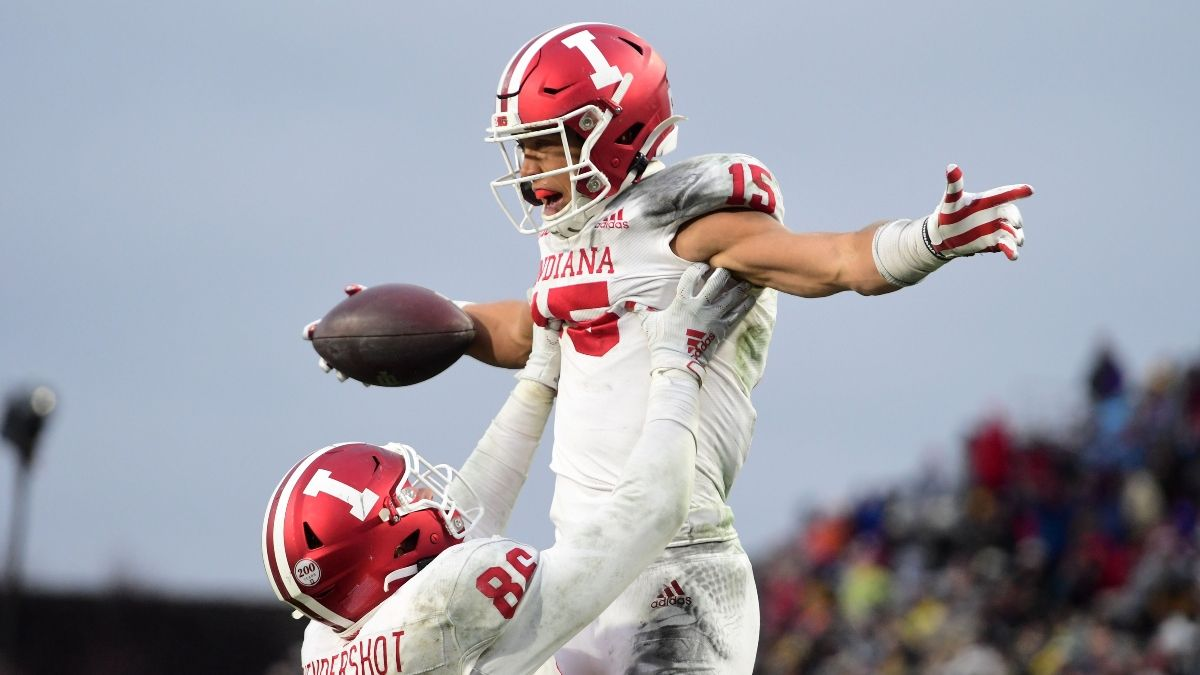 Gator Bowl Odds: Kentucky vs. Indiana Spread, Over/Under & Our Projections article feature image